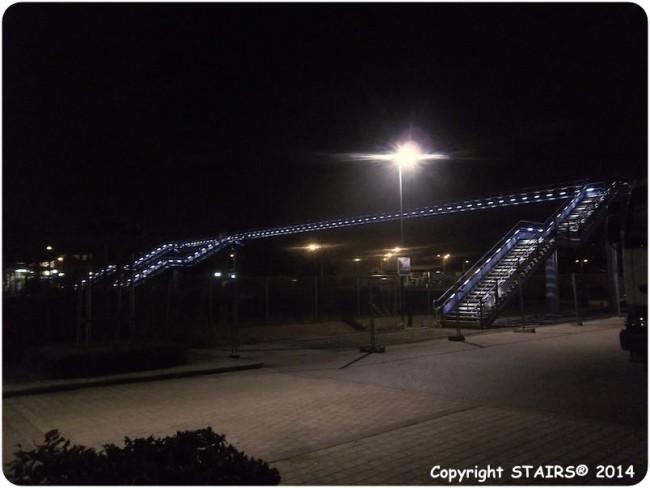 Pole Multimodal Alencon illuminé par les mains courantes leds dans les garde-corps